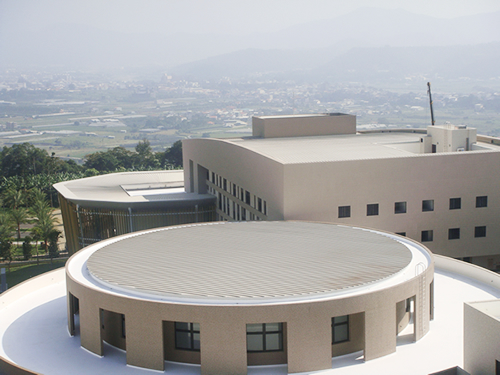 2009-Pu Tai High School metal roofing project